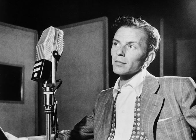 Frank Sinatra, lover of Jack Daniel's whiskey