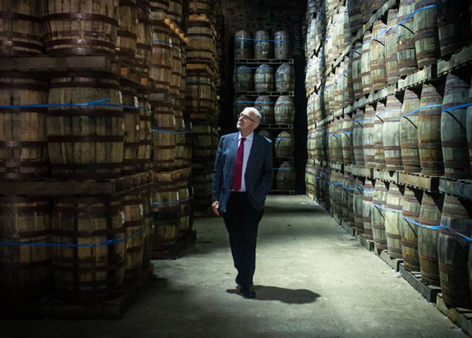 MSP Michael Russell visits Glen Scotia dunnage warehouse