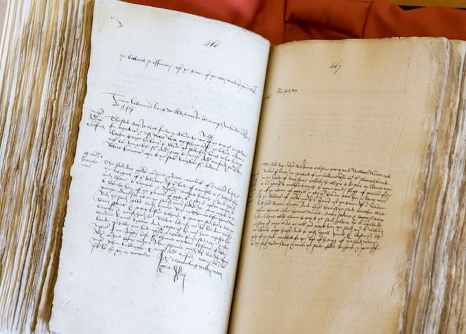 Pages of Aberdeen's Burgh Records of 1505