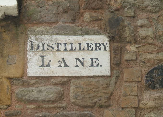 Distillery Lane sign in Kelso