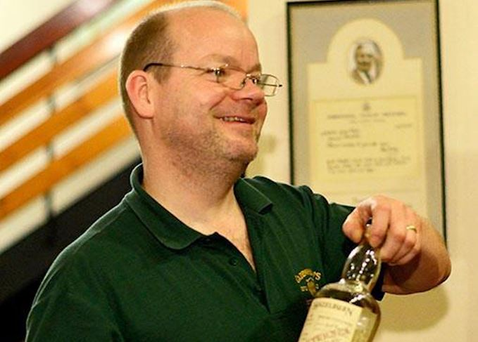 Mark Davidson, the Jolly Toper and whisky book collector