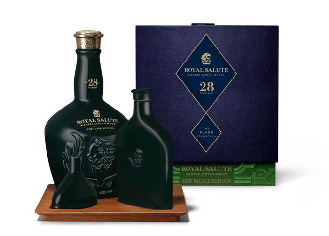 Royal Salute 28 Kew Palace Edition with flask