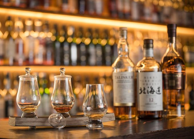 Hong Kong whisky bars