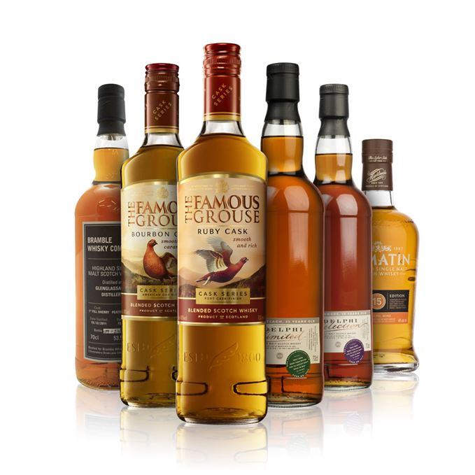 Famous Grouse Ruby Cask and Bourbon Cask, Bowmore 20 Years Old and Mortlach 25 Years Old (bottled by Adelphi), Glenglassaugh by Bramble Whisky Company and Tomatin 15 Years Old Moscatel finish.