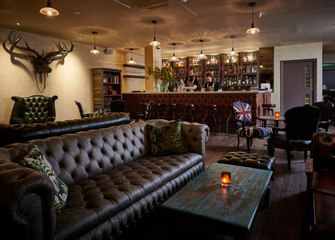 Iron Stag whisky and cocktail bar in Hoxton