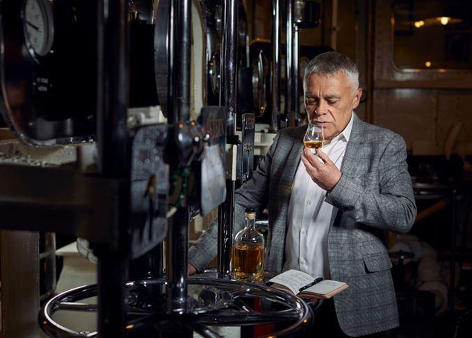 Max McFarlane, Ardgowan whisky maker