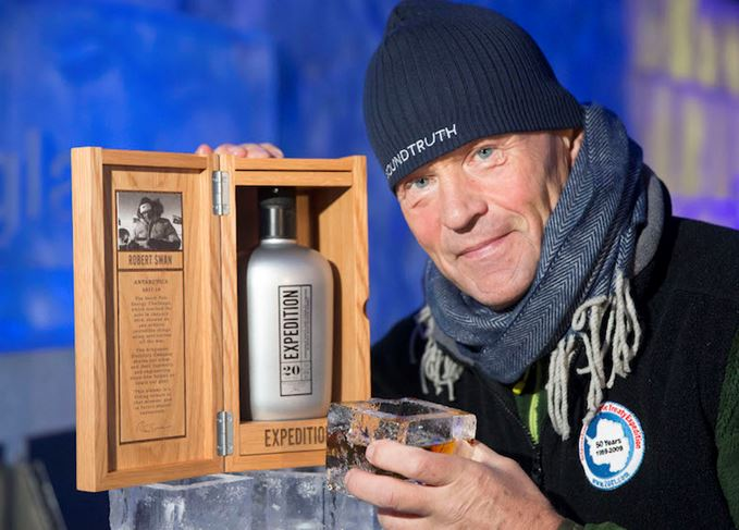 Robert Swan OBE with Ardgowan Expedition bottle and presentation case