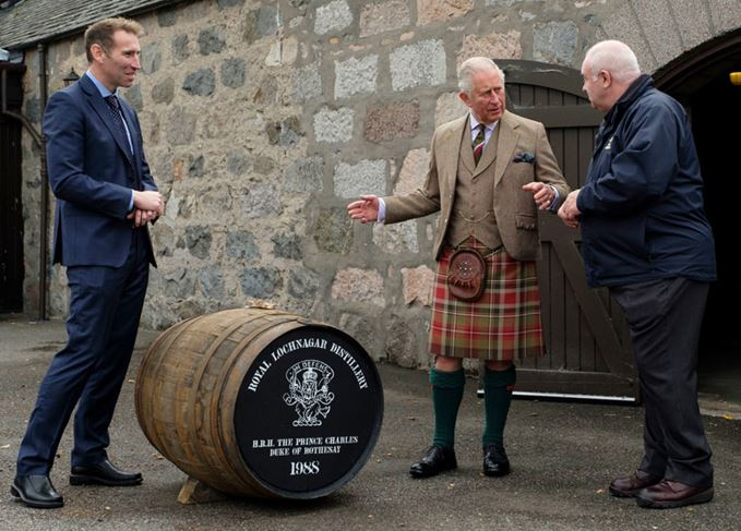 Prince Charles with the Royal Lochnagar single cask to be bottled for charity
