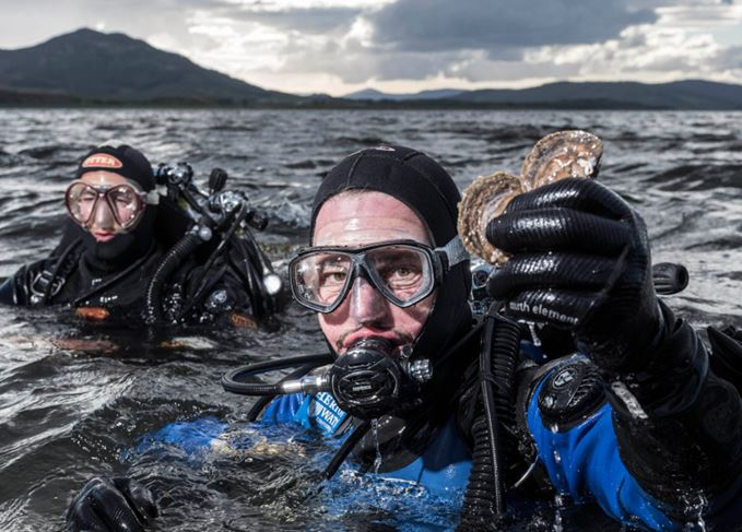 Dr Bill Sanderson (right) and George Stoyle (left) in the Dornoch Firth as part of the Glenmorangie DEEP Project