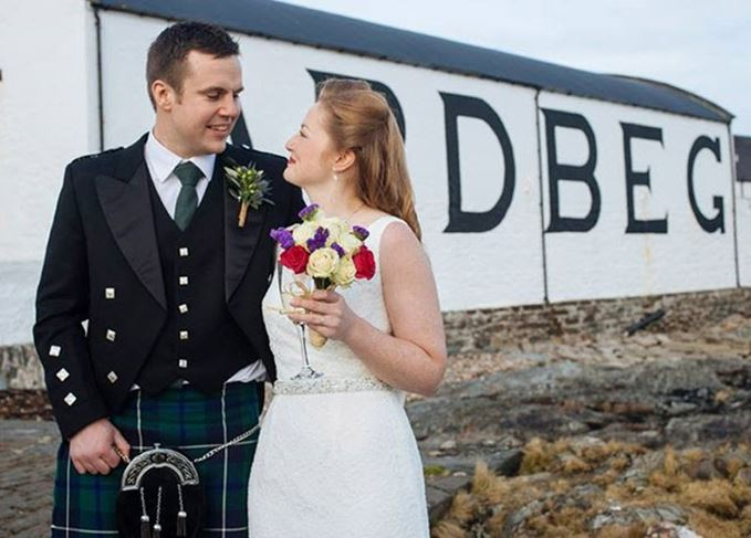 Couple getting married at Ardbeg whisky distillery